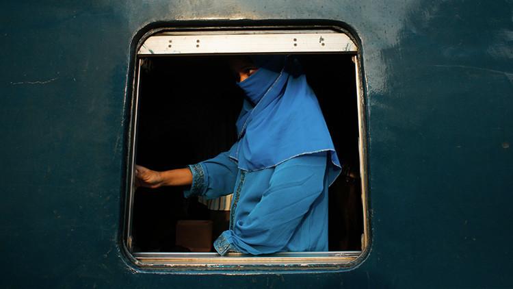 Un líder del Estado Islámico intenta huir disfrazado de mujer