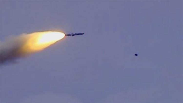 China, en alerta ante el despliegue de misiles indios BrahMos (video)