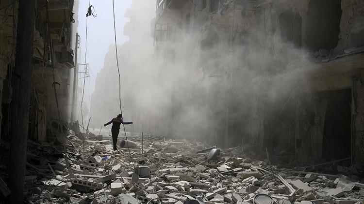 Damasco explica por qué Occidente acusa a Rusia de la escalada del conflicto en Siria
