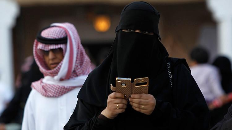 """""""Dejen de esclavizar a las mujeres"""": las sauditas se rebelan contra el sistema de tutela masculina"""