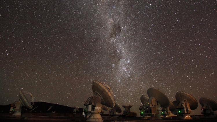Radiotelescopio ALMA: 5 años de operaciones y cada día sigue sorprendiendo a los científicos