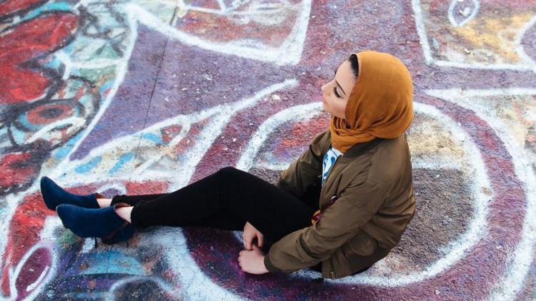 La primera musulmana que posa para 'Playboy' provoca polémica (fotos)