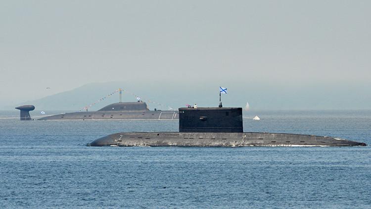Científicos crean una capa que hará invisibles a los submarinos rusos