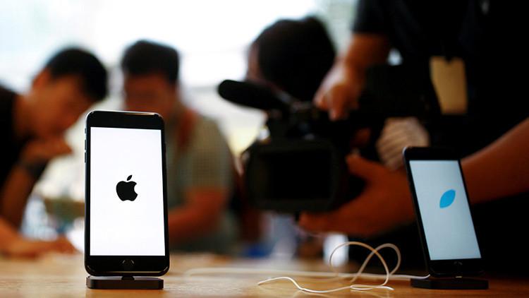 ¿Apple sigue el camino de Samsung?: Un iPhone 7 explota dentro de su embalaje