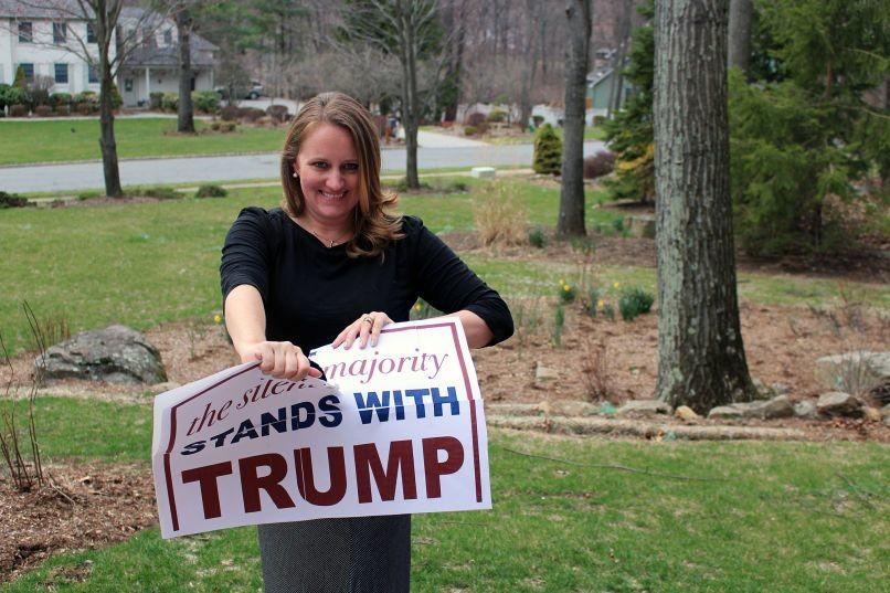 Stephanie Cegielski, una de sus ex asesoras de campaña que renunció durante las primarias