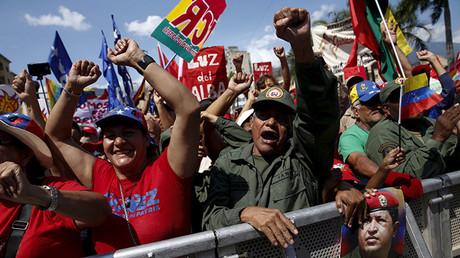 Partidarios del presidente de Venezuela, Nicolás Maduro, durante una manifestación en Caracas, marzo de 2016.
