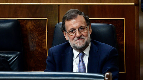 Mariano Rajoy ocupando su escaño en el Congreso antes de la segunda votación de investidura