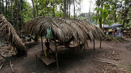 """Dos mujeres de una tribu amazónica rechazaron la """"civilización"""" y decidieron volver a la selva"""