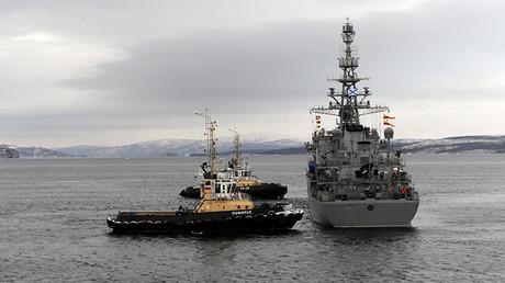Regreso de buque de reconocimiento de la Flota del Norte 'Yuri Ivanov' a su base