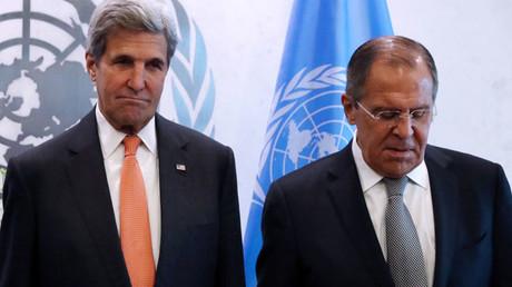 El secretario de Estado de EE.UU., John Kerry, y el ministro de Exteriores de Rusia, Serguéi Lavrov