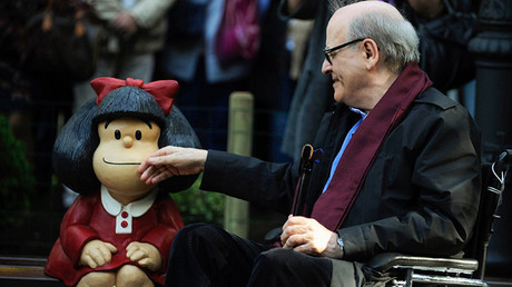 Mafalda y su creador, Joaquín Salvador Lavado 'Quino', en Oviedo, Asturias, España, 23 de octubre de 2014.