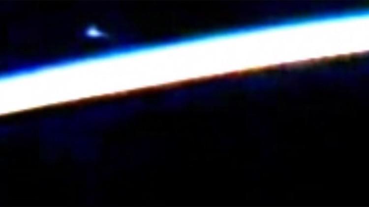 """La NASA corta la emisión desde la EEI """"por la aparición de un ovni"""" (VIDEO)"""