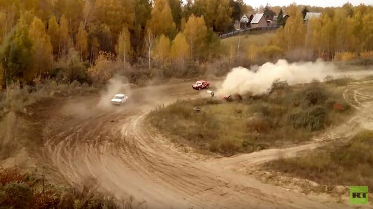 Un comisario fallece en un trágico accidente en el Rally de Siberia (FUERTE VIDEO)