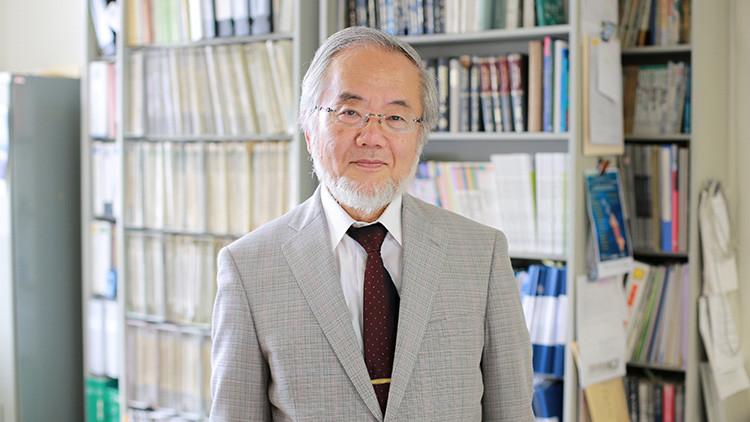 El japonés Yoshinori Ohsumi, galardonado con el premio Nobel de Medicina