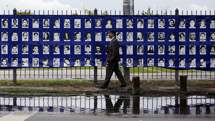 Retratos de desaparecidos durante la dictadura militar de Argentina (1976-1983)
