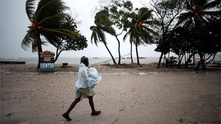 Video, fotos: el Caribe sufre la furia del poderoso huracán Matthew