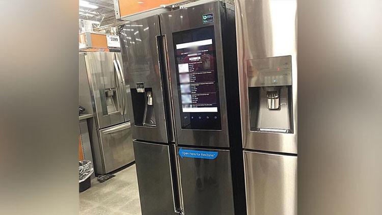 Un frigorífico inteligente 'sube de temperatura' al exhibir contenido pornográfico