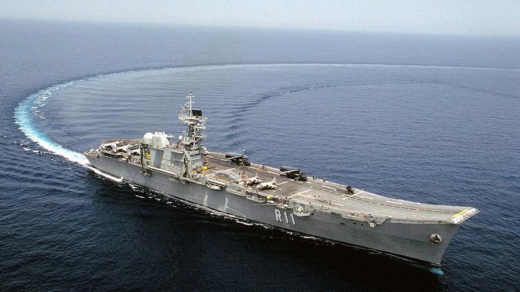 España vende como chatarra su portaaviones Principe de Asturias