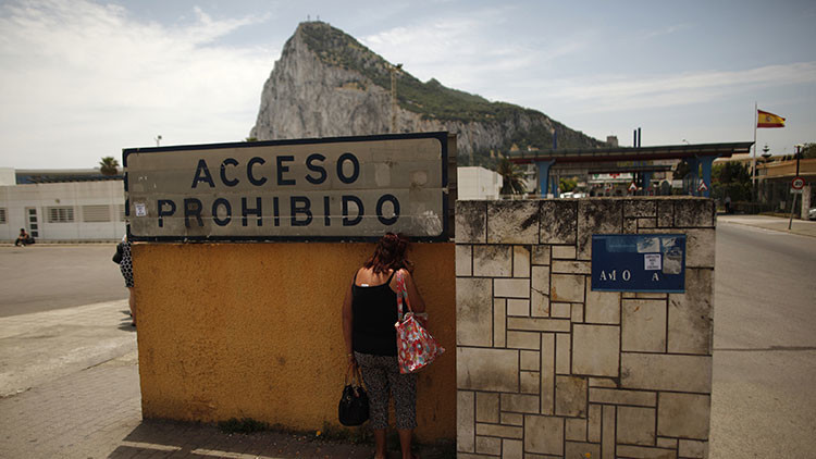 """""""Jamás pondrás tu mano sobre el Peñón"""", la respuesta de Gibraltar a España"""