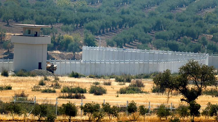 Más de 20 muertos tras una explosión en la frontera entre Siria y Turquía