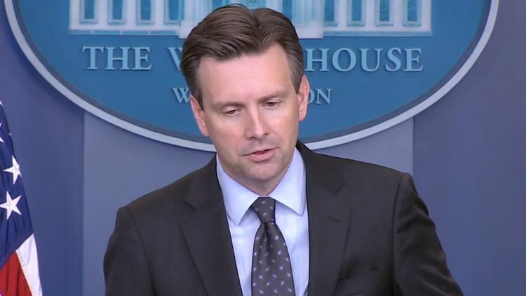 """EE.UU. """"no descarta ninguna opción"""" contra Assad"""