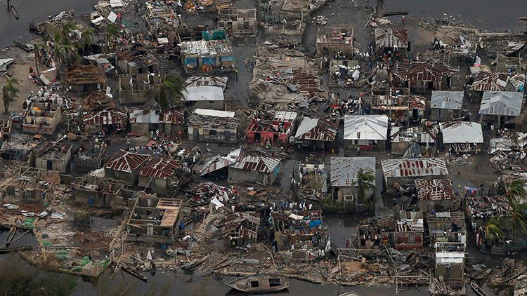 Al menos 880 muertos en el Caribe por el huracán Matthew