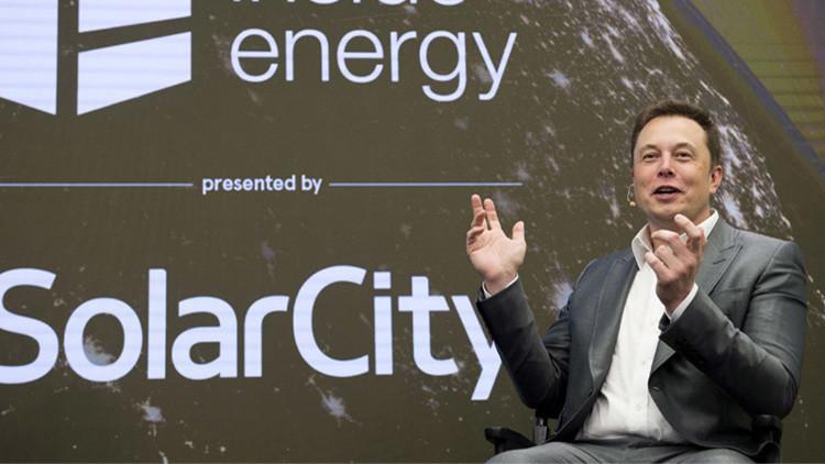 """Elon Musk anuncia un nuevo producto """"inesperado"""" de Tesla"""