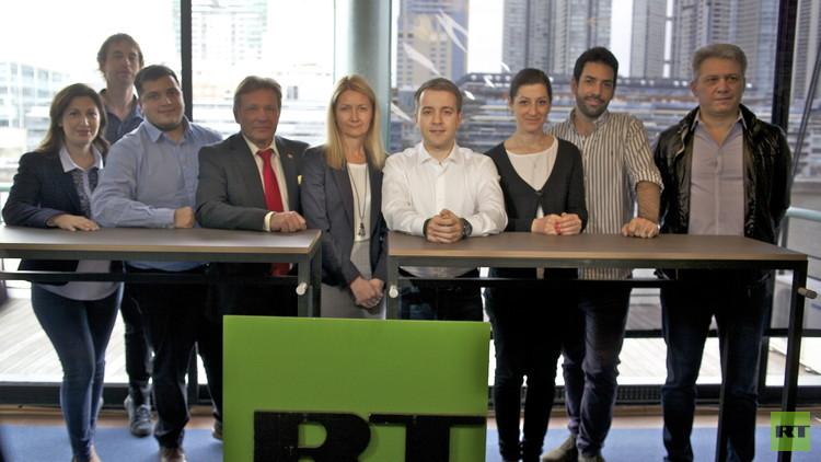 El ministro de Comunicaciones ruso visita la oficina de RT en Buenos Aires