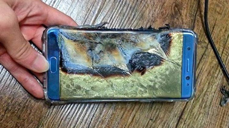 Samsung pide a los propietarios del Galaxy Note 7 que dejen de usar el dispositivo