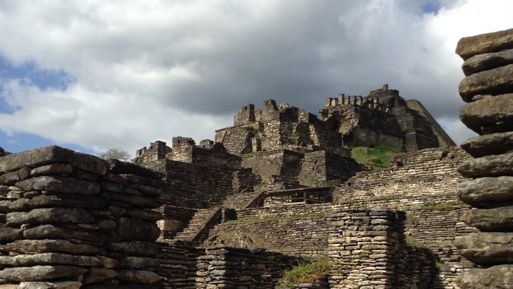 Viajamos a una misteriosa pirámide maya más alta que Teotihuacán (FOTOS)