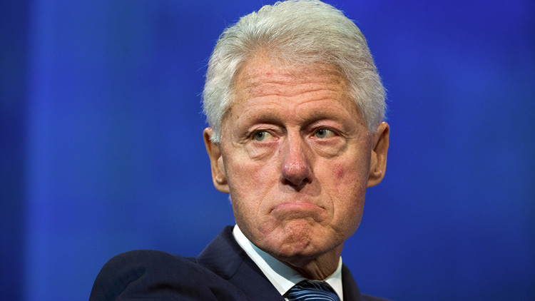 WikiLeaks: Bill Clinton abusó de una niñera cuando era gobernador