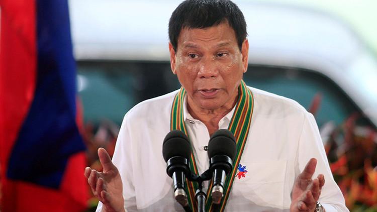 """""""Es hora de cambiar las reglas"""": El presidente filipino traza una política exterior independiente"""