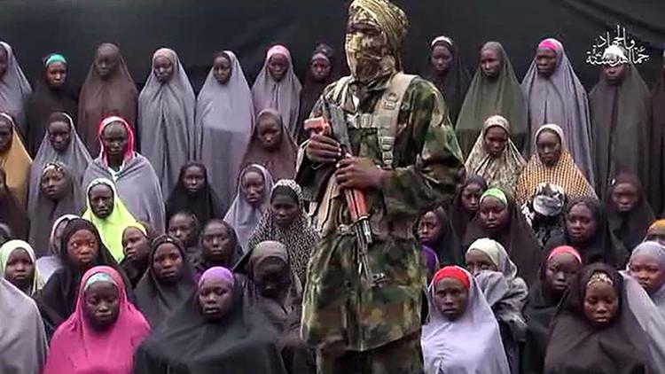 Liberan a más de 20 niñas secuestradas por los terroristas de Boko Haram