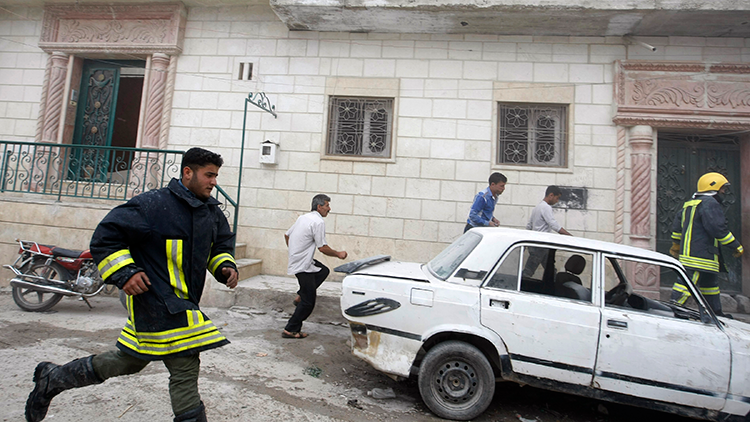 Un coche bomba mata a al menos 20 rebeldes en la frontera turco-siria