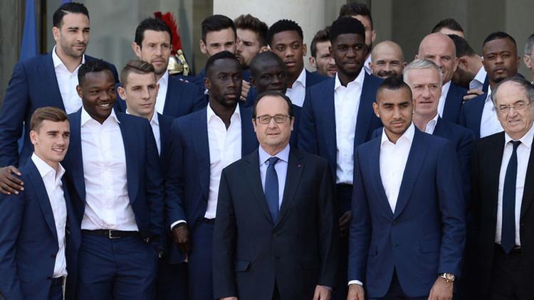 """""""Nosotros no robamos el dinero de la gente"""", los futbolistas franceses responden a Hollande"""