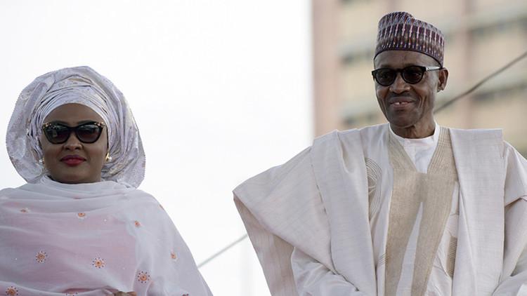 La esposa del presidente de Nigeria le da un ultimátum político a su marido