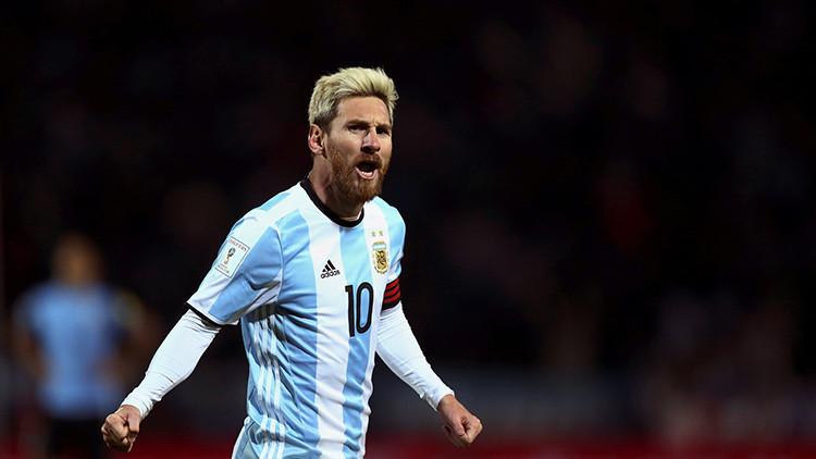 Esta futbolista rusa es la única jugadora femenina del 'equipo de Messi' (FOTOS)