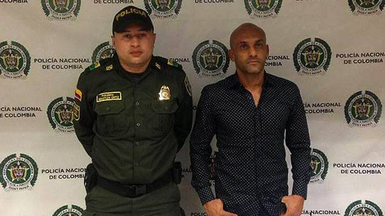 Capturan a exfutbolista colombiano por tráfico de cocaína