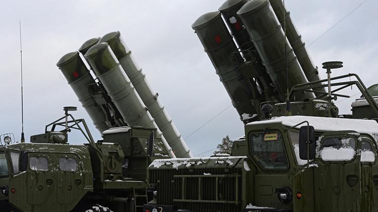"""Vice primer ministro ruso: """"Suministramos los sistemas S-400 Triumf solo a nuestros amigos"""""""