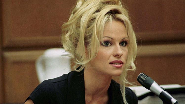 """Pamela Anderson arremete contra el porno y revela una cosa que es """"mejor que el sexo"""""""