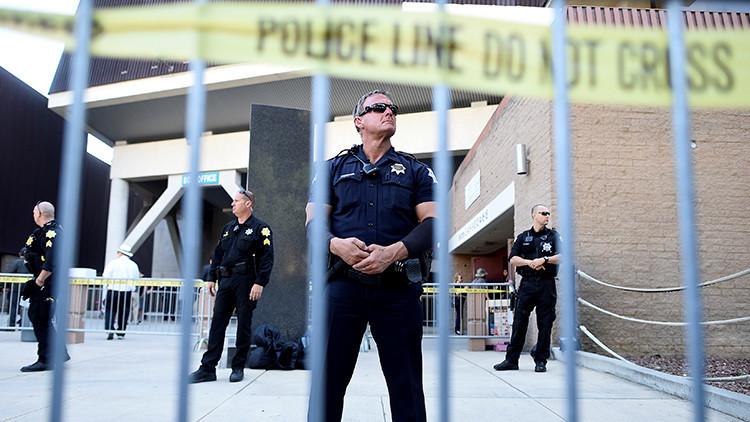 Tres muertos en un tiroteo en un restaurante jamaiquino de California