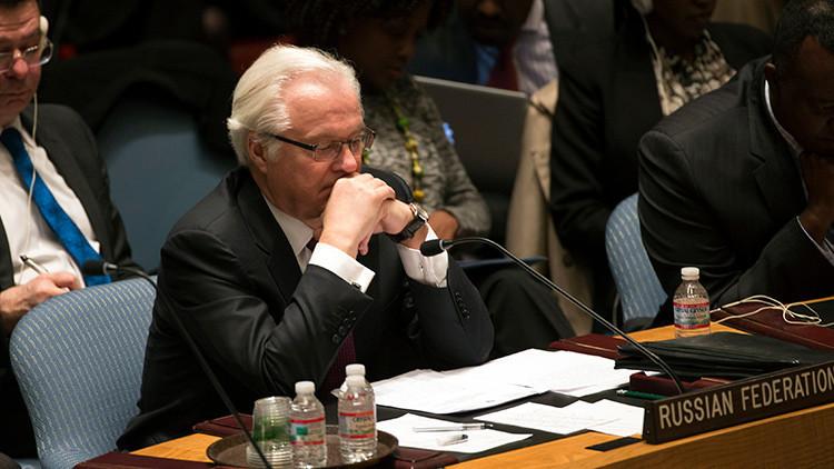 El embajador Vitali Churkin en una reunión del Consejo de Seguridad de la ONU