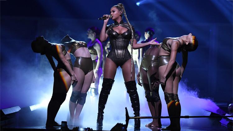 #CutForBeyonce: Los fans de Beyoncé se hacen cortes en solidaridad con la cantante