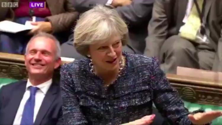 La primera ministra británica durante su intervención en la Cámara de los Comunes