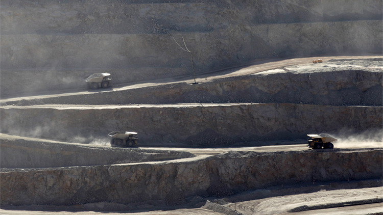 Empresa minera de Chile lanzó sus residuos tóxicos a un vertedero en Argentina