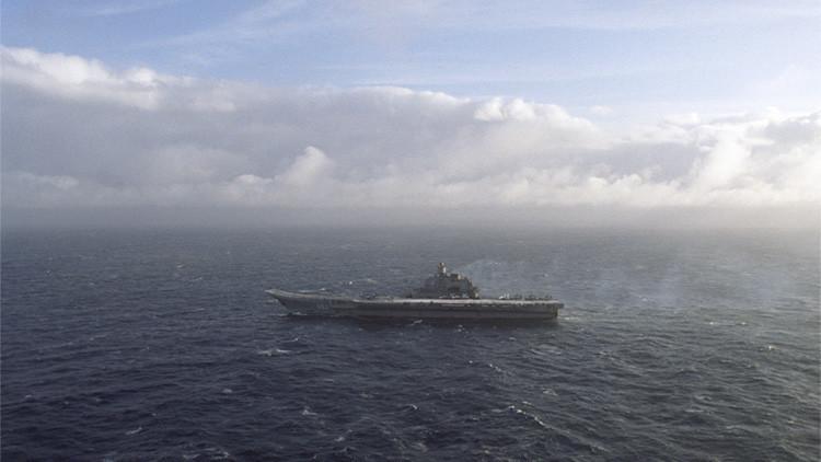 Un avión espía sueco se acerca al grupo de combate de la Armada rusa en el mar del Norte