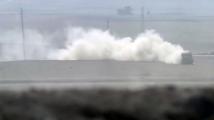 VIDEO: Un coche bomba del EI logra esquivar un misil y se lanza contra las tropas kurdas en Irak
