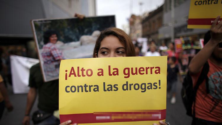 """""""El Ejército mexicano está desgastado tras 10 años de guerra contra el narco"""""""