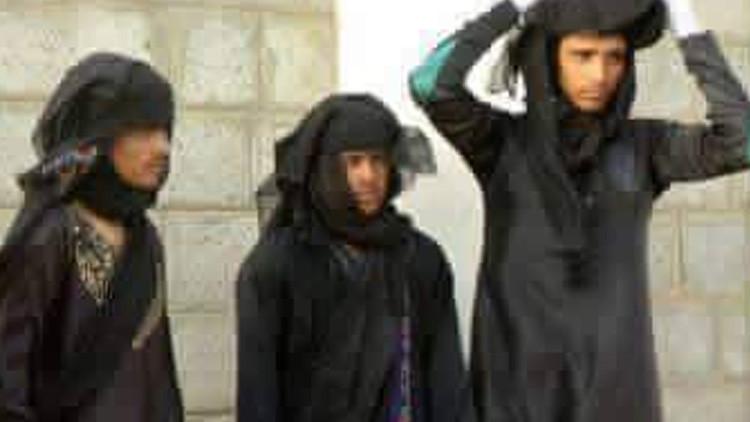 Foto: Terroristas del Estado Islámico huyen de Mosul vestidos como mujeres