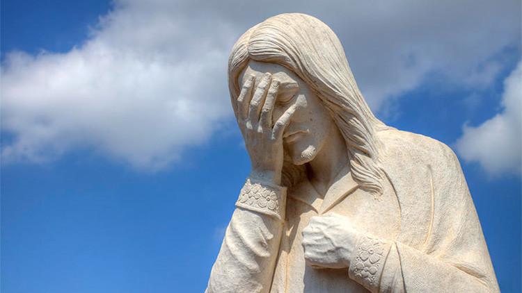 Otro 'Ecce Homo': intenta restaurar una escultura del Niño Jesús... y sale esto